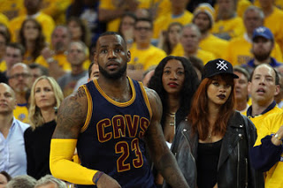Rihanna LeBron James Tweet